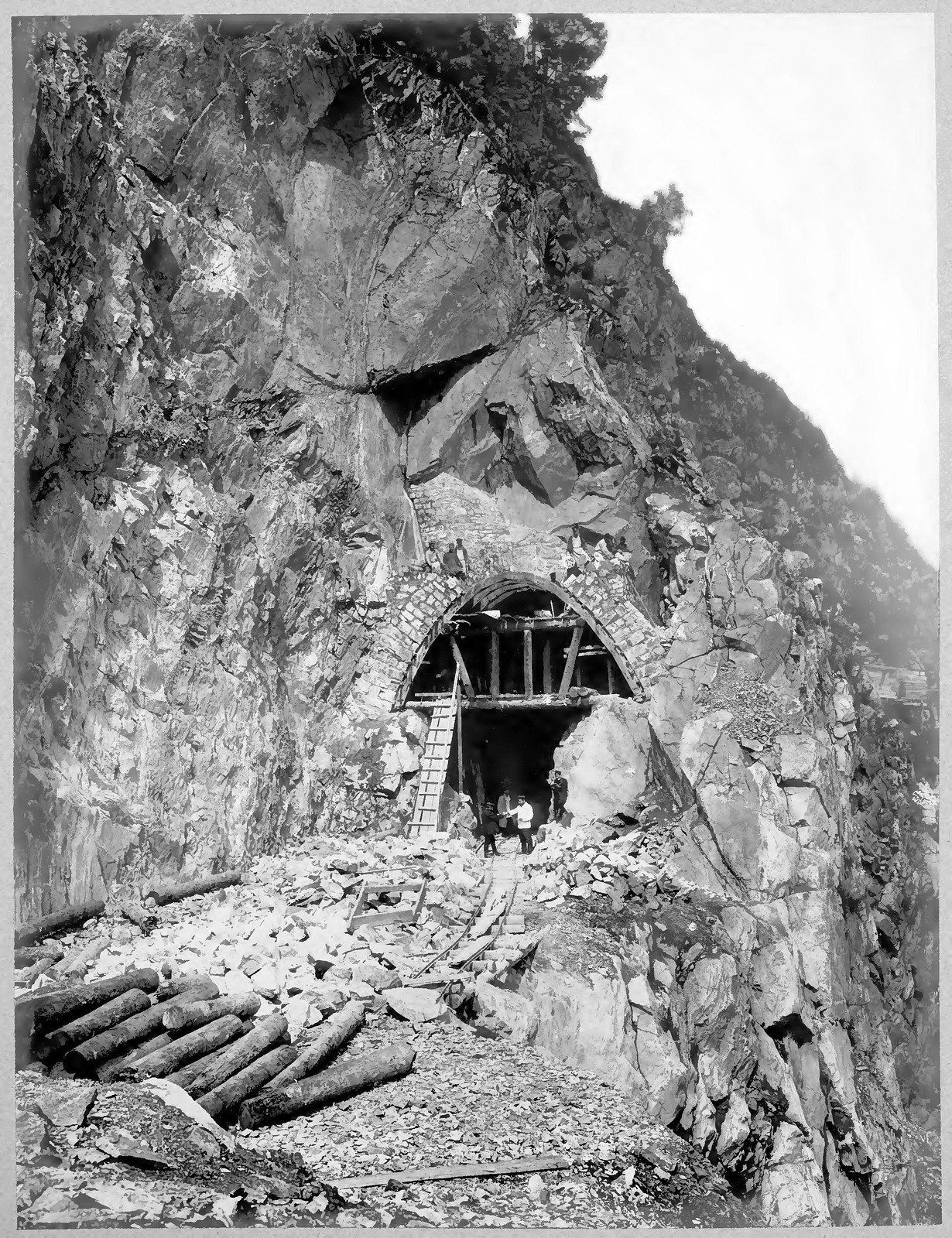 41. Постройка тоннеля №38 на 72 версте.