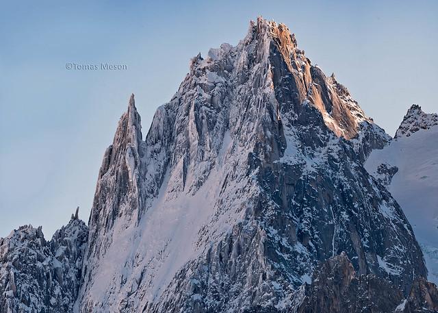 Aiguille des Grands Charmoz . Macizo del Mont Blanc    _DSC5093-Panorámica 22  M on c em ma