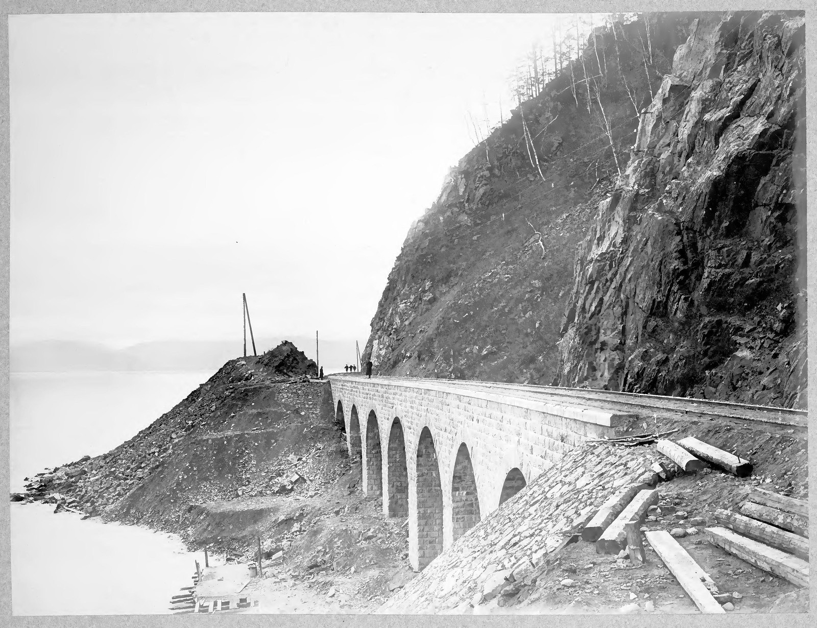 40. Виадук длиной 40,2 сажени на 72 версте.