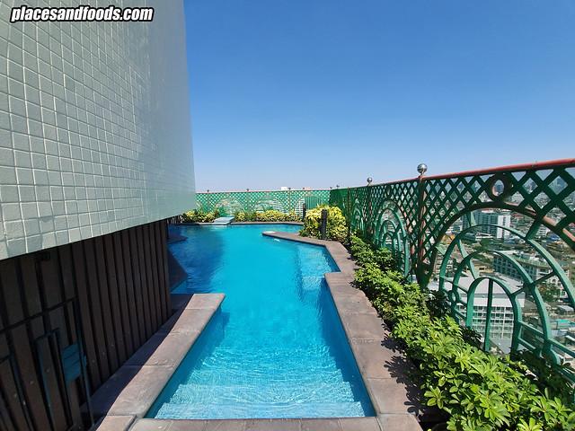 grand china hotel bangkok swimming pool
