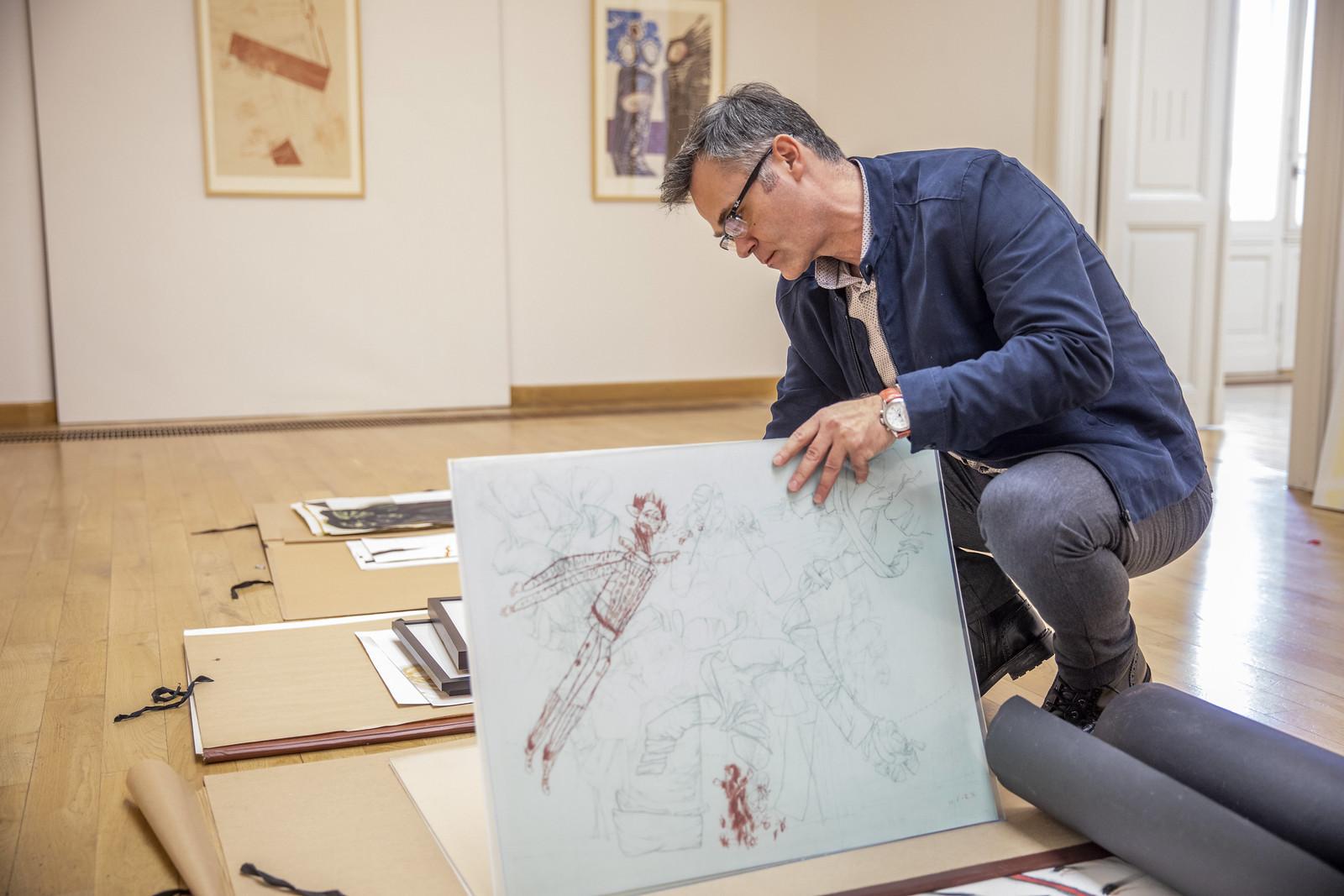Szabados Árpád festő- és grafikusművész alkotásaiból nyílik kiállítás a REÖK-ben