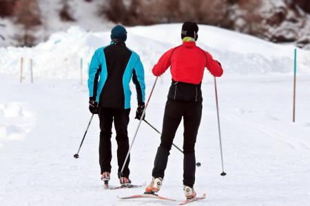 Nejlepší pánské zimní bundy pro běžkaře