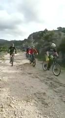 Descente vers le pont de Figa depuis l'embranchement Luviu (IGN 422)