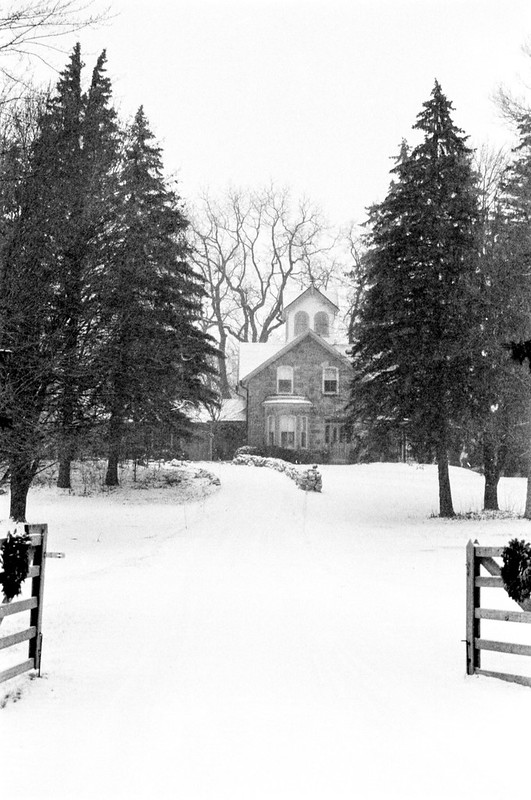 Mississauga Road Country House_