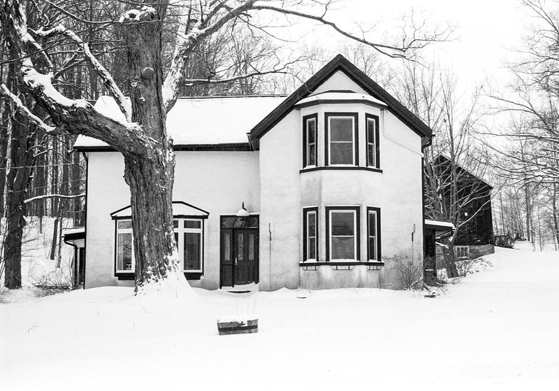 White Country House on Mississauga Rd._