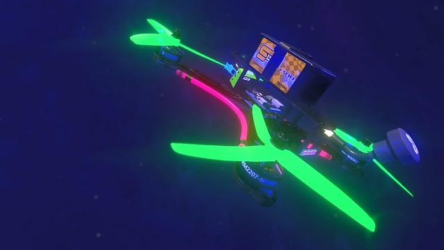 Liftoff Drone Racing - Blizu zvijer