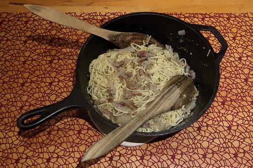 Spaghetti mit Lardo, Olivenöl und Rosmarin