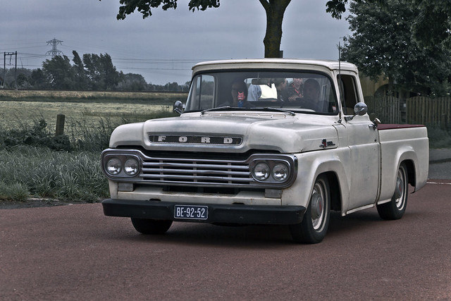 Ford F-100 Pick-Up Truck 1959 (3760)