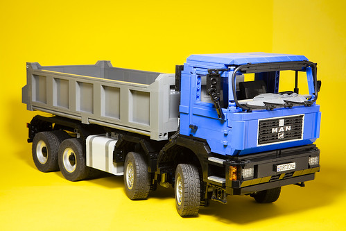 LEGO MAN f90 tipper truck | by dirtzonemaster