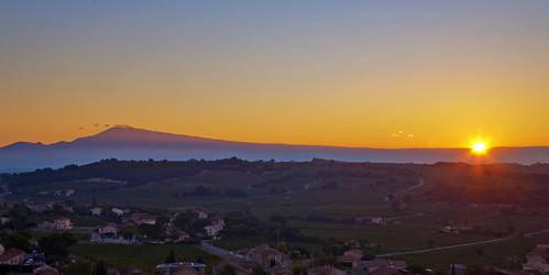 châteauneufdupape provence sunrise sonnenaufgang