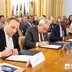 Ter, 28/01/2020 - 16:33 - Incentivar a mobilidade de estudantes do ensino superior, promover a cultura no espaço lusófono e aumentar a empregabilidade são os principais objetivos do projeto 'PROCULTURA PALOP-TL' da União Europeia (UE). No âmbito deste projeto o Politécnico de Lisboa (IPL), enquanto membro da Associação das Universidades de Língua Portuguesa (AULP), esteve presente na cerimónia de assinatura do protocolo de parceria, que decorreu no dia 28 de janeiro, na sede da Comunidade dos Países de Língua Portuguesa (CPLP), em Lisboa.