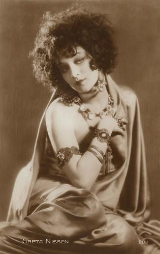 Greta Nissen in The Wanderer (1925)