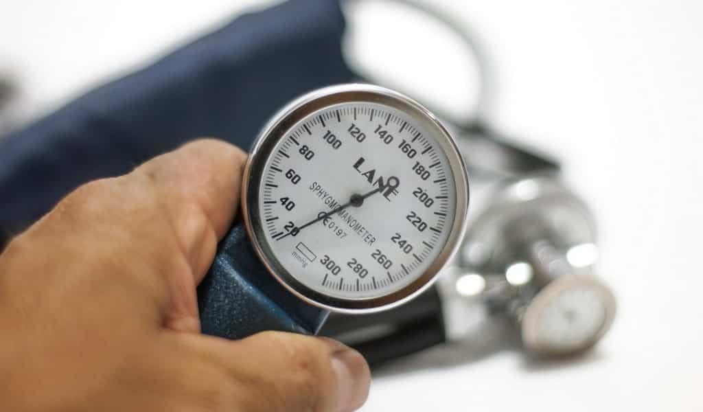 un-appareil-révolutionnaire-de-surveillance-de-la-pression-artérielle