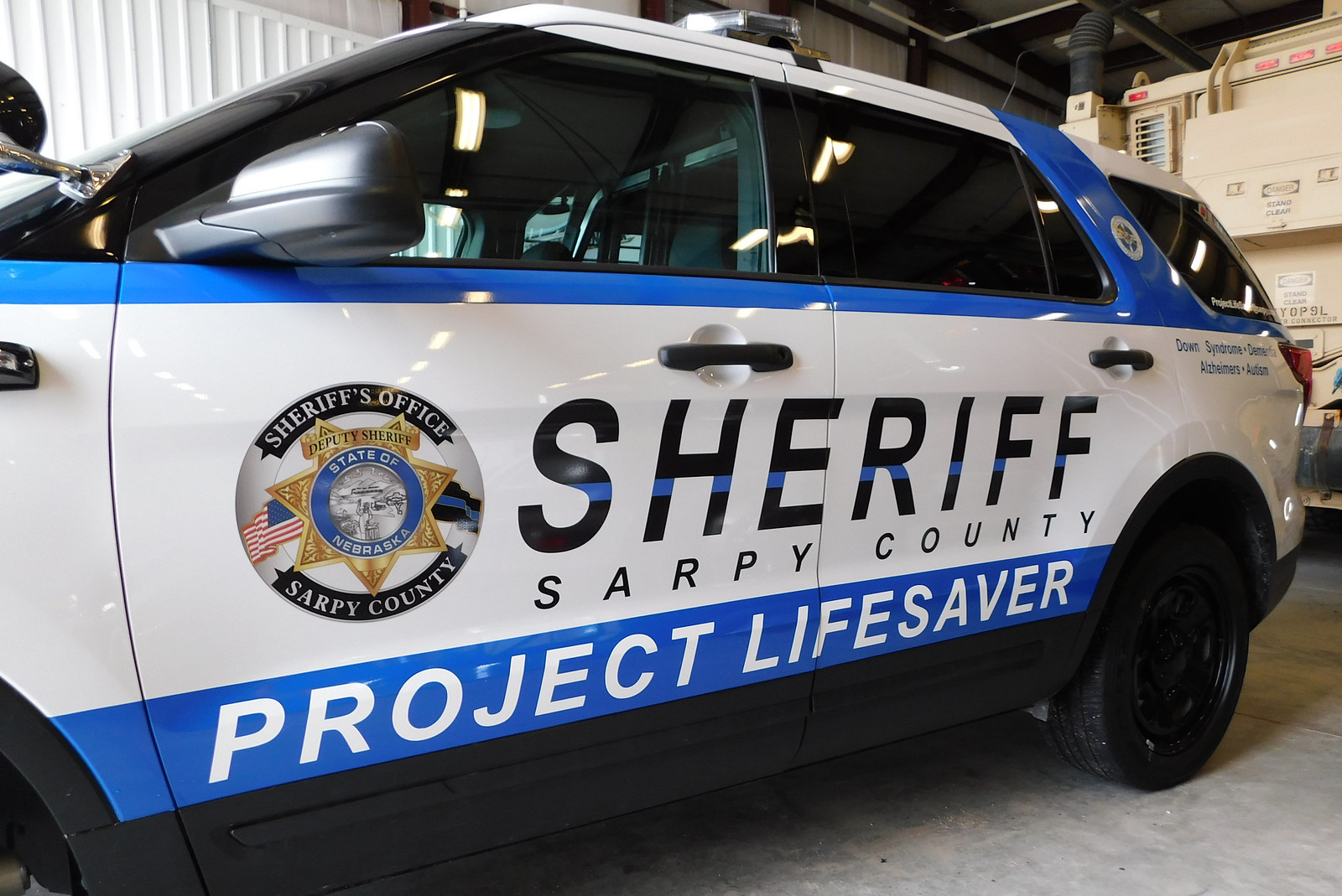 Sarpy County Sheriff unveils new tribute cruiser