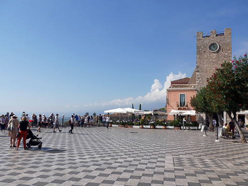 Piazza IX Aprile