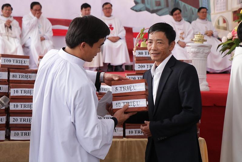 Huong Binh (49)