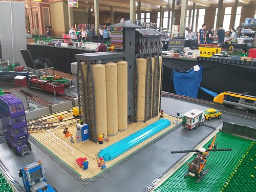 MLTC Brickvention 2020 (148) - Grain & Quarry Silo Module