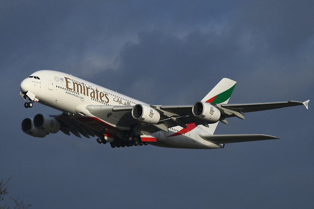 A6-EUM Airbus A380-861 EGLL 13-12-19