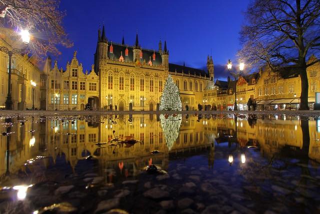 Bruges, place du bourg (2)