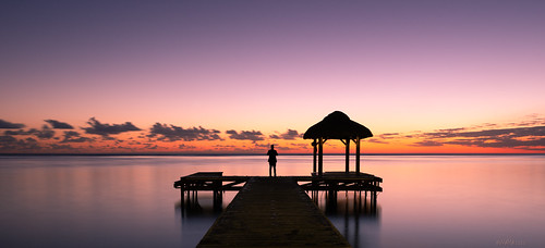 mauritius sunset colorful bluehour warmth warm sea seascape jetty steg indianocean ocean blue evening panorama singleperson outdoor holyday flicenflac urlaub
