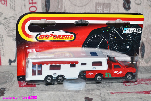N°313 CAMPING CAR DELUXE  49472204436_0c6a4bb0f8_z