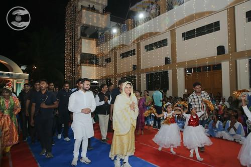 HH's arrival at Nasik Sant Nirankari Satsang Bhawan