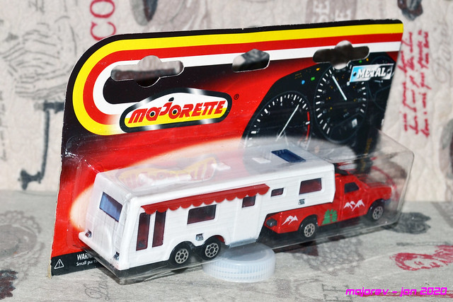 N°313 CAMPING CAR DELUXE  49472430252_626916b37e_z