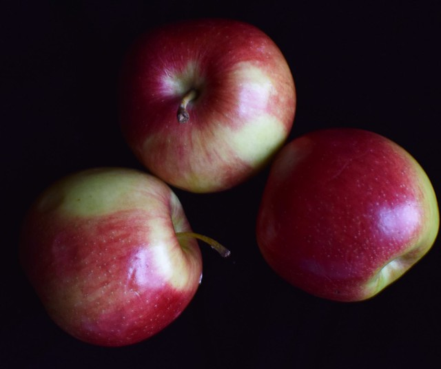 Three Apples - Challenge #5 - Shooting From Above