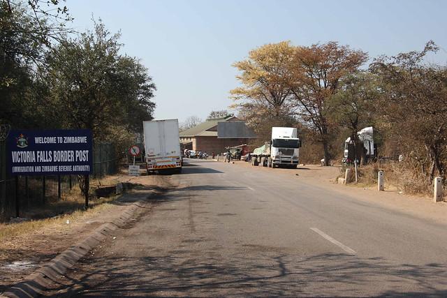 Victoria Falls - Zimbabwe (2008) - Benvenuti in Zimbabwe