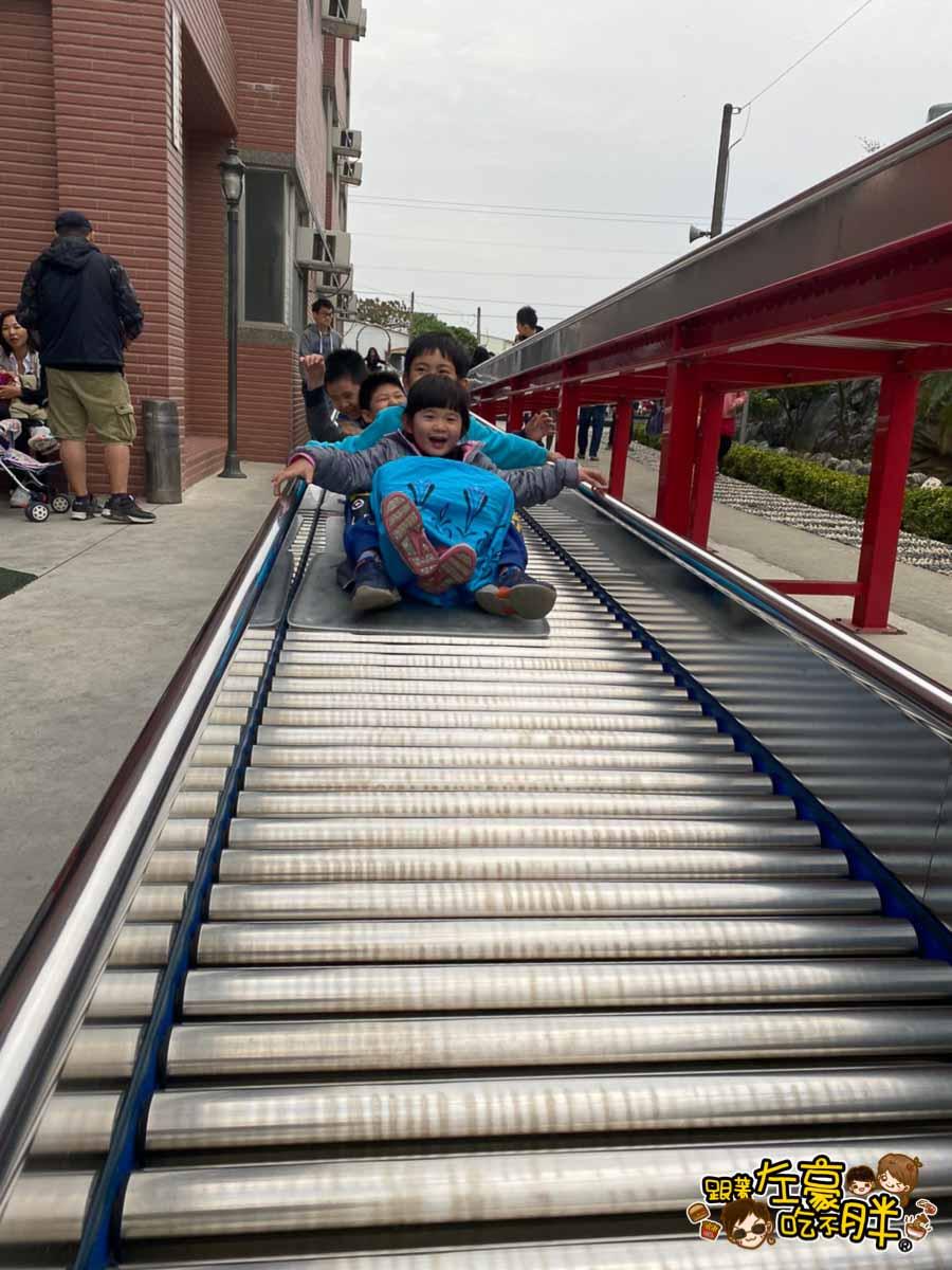 台南旅遊 台南代天府十八層地獄溜滑梯沙坑-69