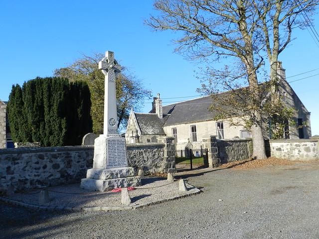 Rayne War Memorial, Kirktown of Rayne, Aberdeenshire, Oct 2019