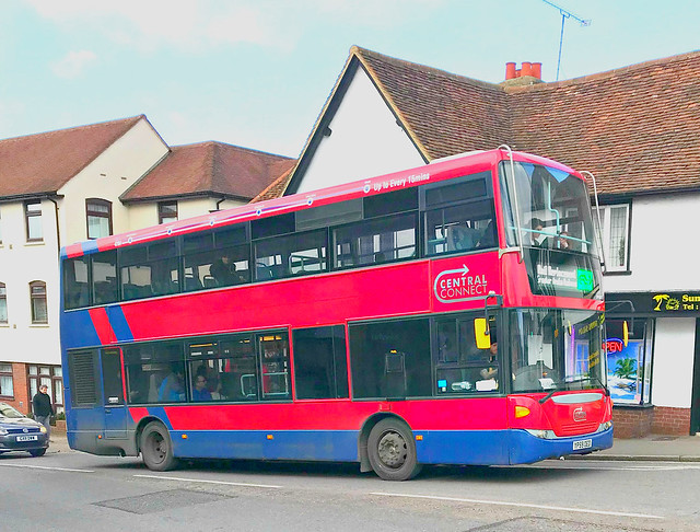 Trustybus / Galleon Travel ( 2009 ) . Roydon , Essex .YP59OEO  . Hockrill Hill , Bishop's Stortford , Hertfordshire . Saturday 01st-February-2020 .