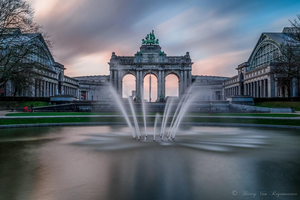 Le cinquantenaire ( Bruxelles )