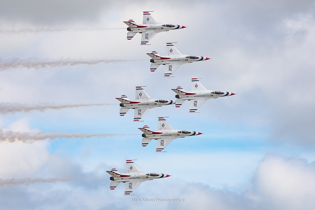 USAF Thunderbirds RIAT 2017 - Delta Formation