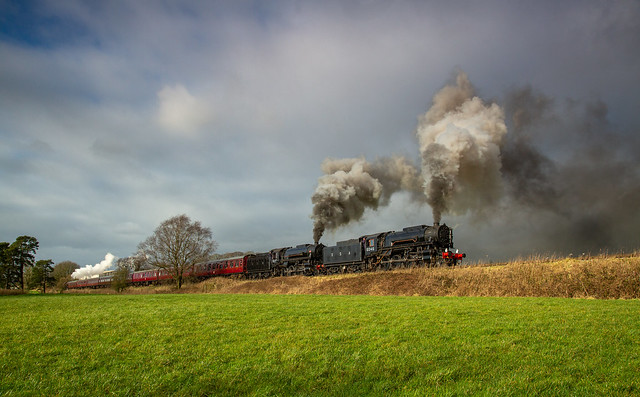 CVR Super Power Weekend Take 2  S160's 6046 and 5197 with 2253 banking at Longshaw Farm on their way to Ipstones. Luckily the sun which had been hiding behind what seemed ever heavier clouds reappeared at just the right moment. Very strong crosswind!