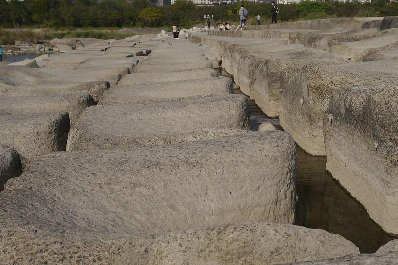 頭前溪畔豆腐岩