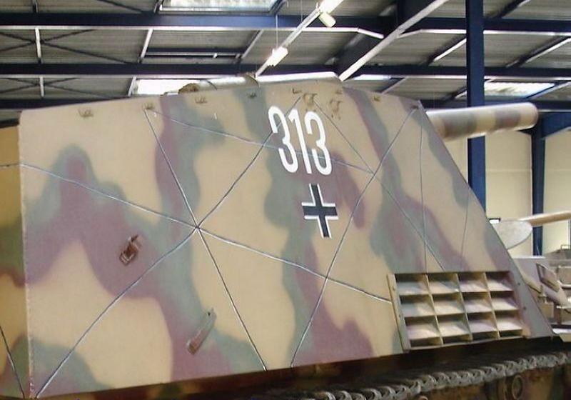 Jagdpanzer Hummel 7