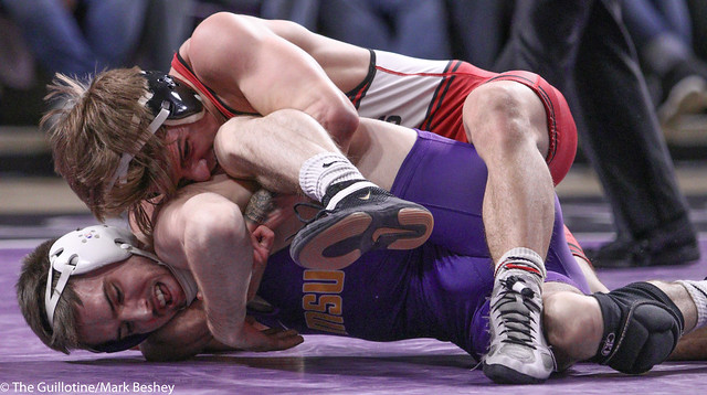 141 – #5 Garrett Aldrich (SCSU) fall #9 Louie Sander (MSU) 4:29 - 200201mb0237