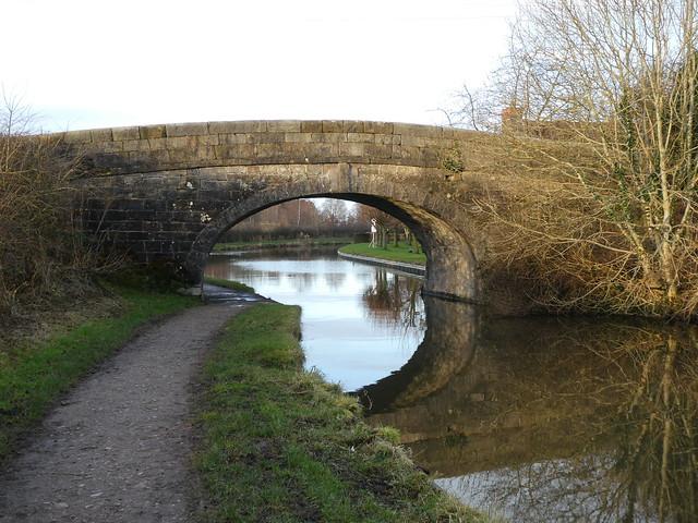 Lancaster Canal - Bridge 60 [Byerworth Bridge] facing West 200103