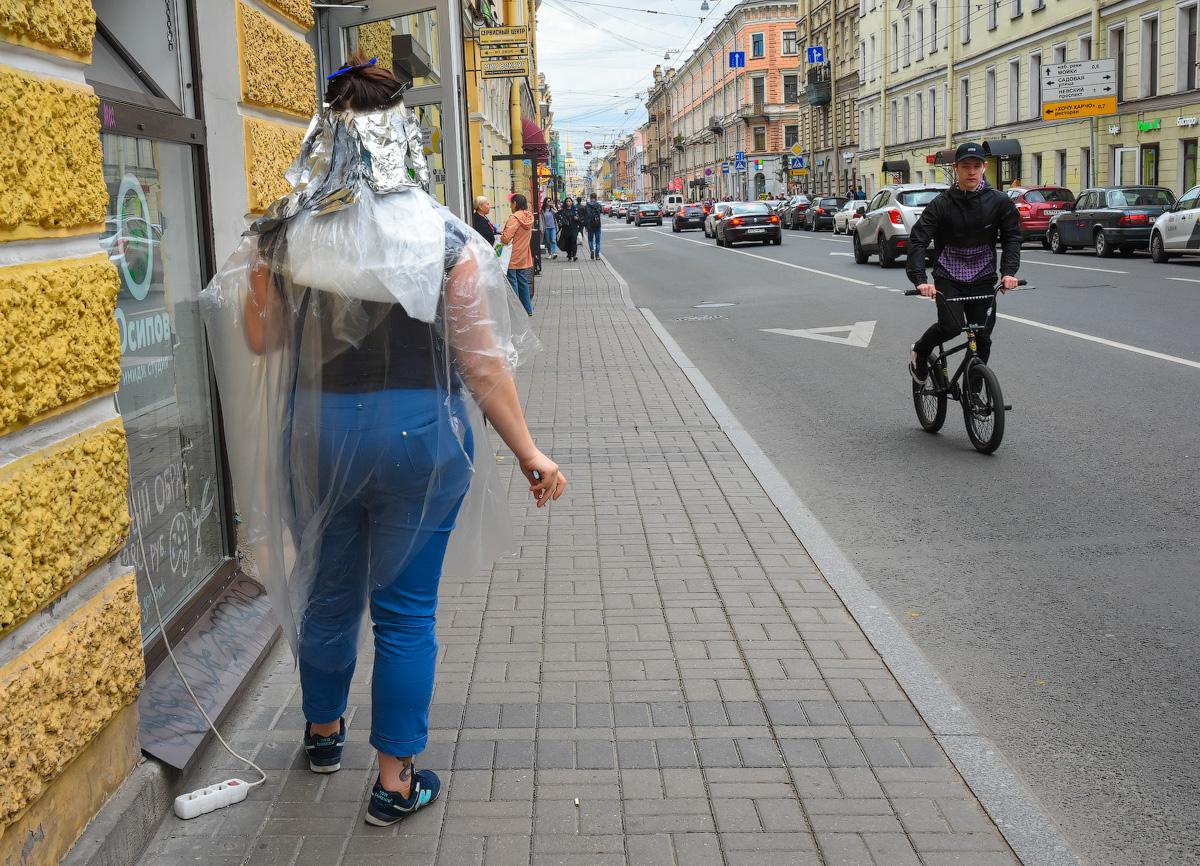 МОДНЫЙ ПРИГОВОР РОССИЙСКИМ СТОЛИЦАМ People-Moscow-Piter-(44)