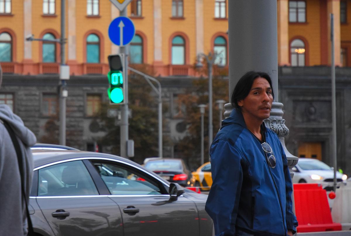 МОДНЫЙ ПРИГОВОР РОССИЙСКИМ СТОЛИЦАМ People-Moscow-Piter-(16)
