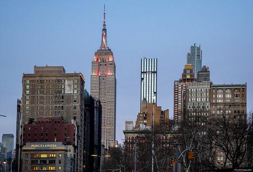 newyork manhattan empirestate cityscape ciudad city arquitectura architecture buildings skyscrapers rascacielos sunset atardecer nikon d850 24120f4gvr lowlight ricardocarmonafdez ricardojcf details