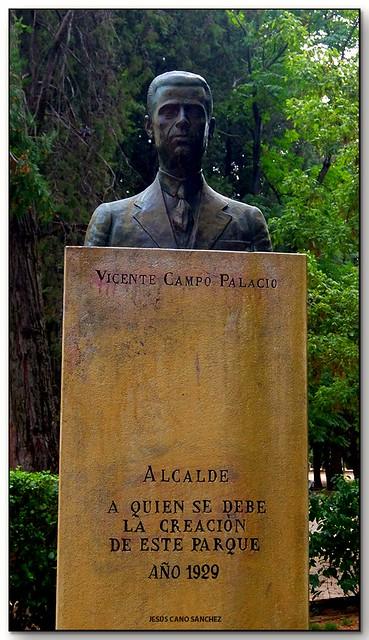 Vicente Campo Palacio, Parque Miguel Servet, Huesca (España)