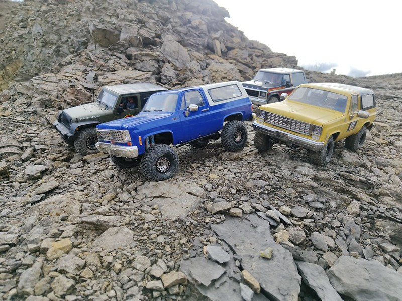 RC4WD trailfinder2 Blazer V8 49476677486_4e64ae3724_c