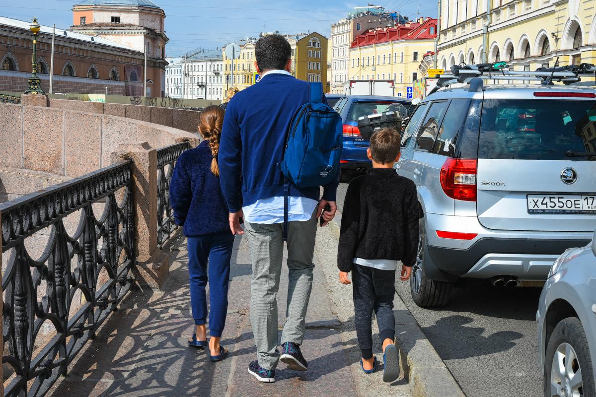 МОДНЫЙ ПРИГОВОР РОССИЙСКИМ СТОЛИЦАМ People-Moscow-Piter-(24)
