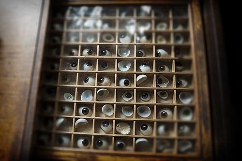 eyeballs-web