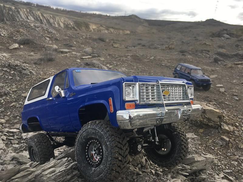 RC4WD trailfinder2 Blazer V8 49476899122_402c6f77e2_c