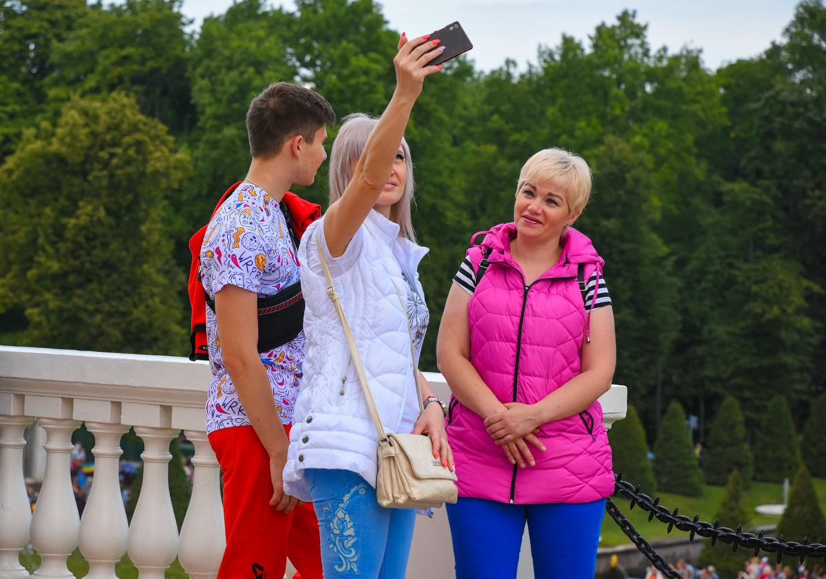 МОДНЫЙ ПРИГОВОР РОССИЙСКИМ СТОЛИЦАМ People-Moscow-Piter-(25)