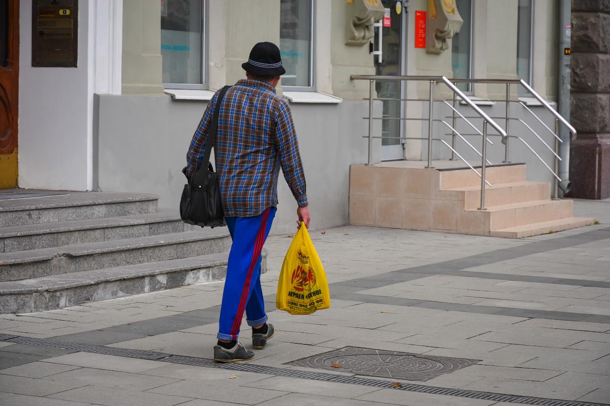 МОДНЫЙ ПРИГОВОР РОССИЙСКИМ СТОЛИЦАМ People-Moscow-Piter-(7)