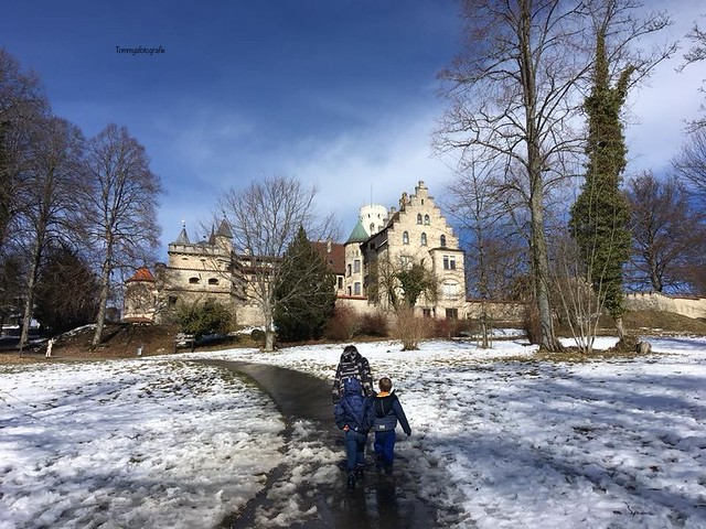 One of the less days there was snow, hiking with my kids to Lichtenstein Castle
